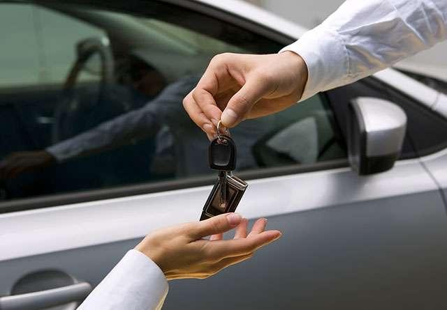 Noleggiare un auto, istruzioni per l'uso